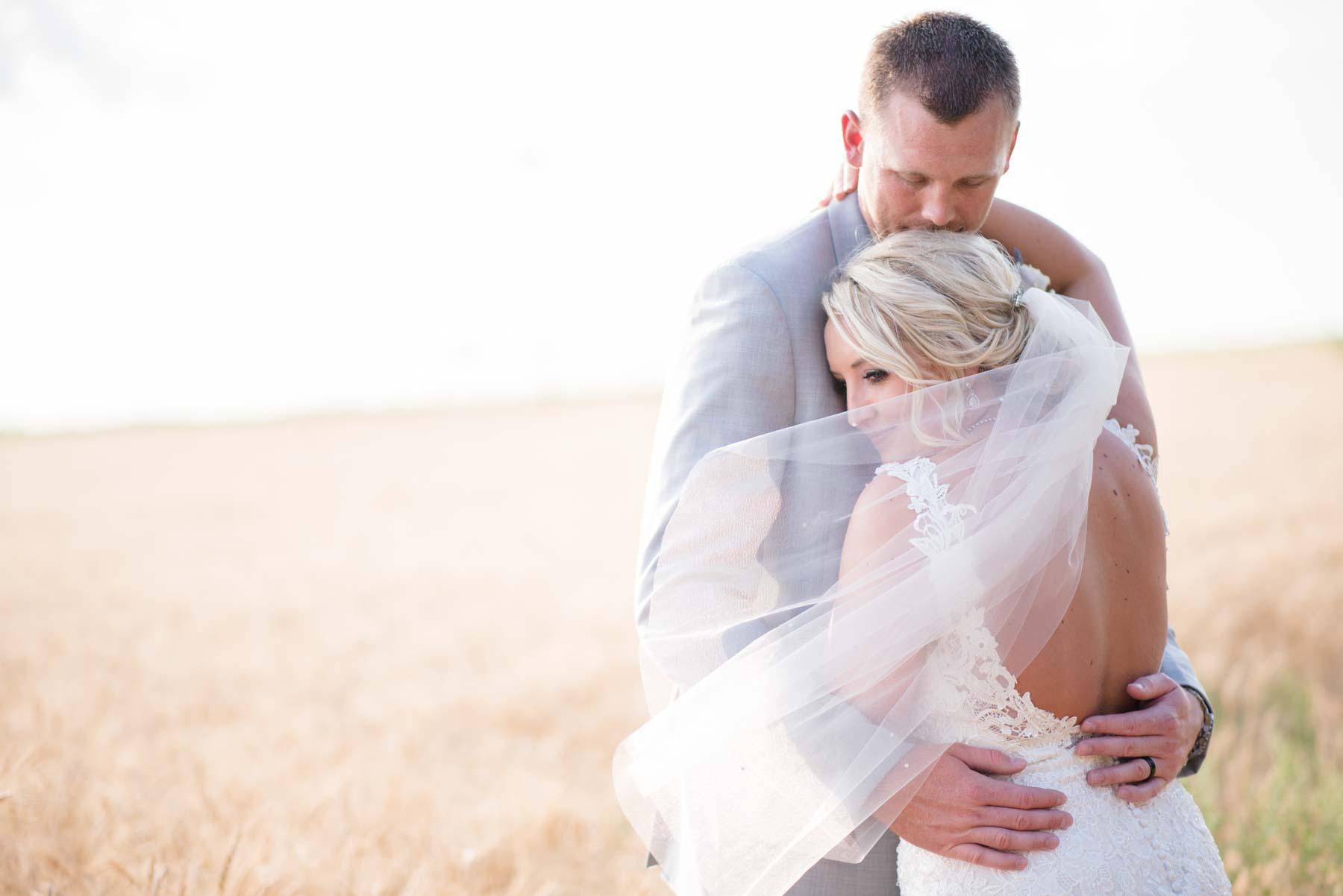 Fort Collins Wedding Photographers | Elizabeth Jane Photography | www.elizabethjanephotography.com | Fort Collins, CO